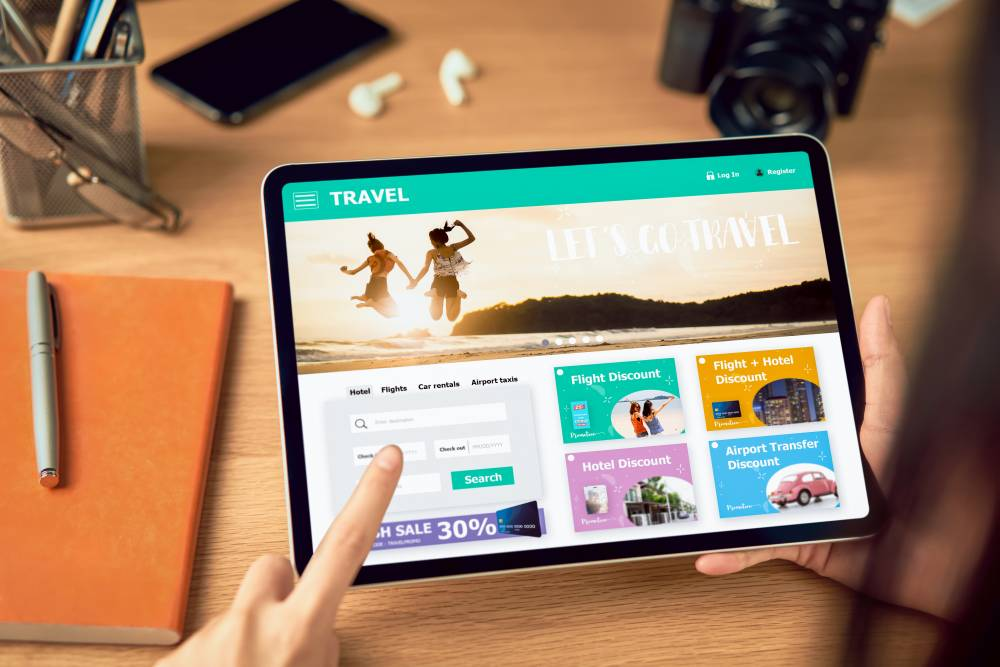 Digital Marketing and Communication Strategies in the Tourism Sector
